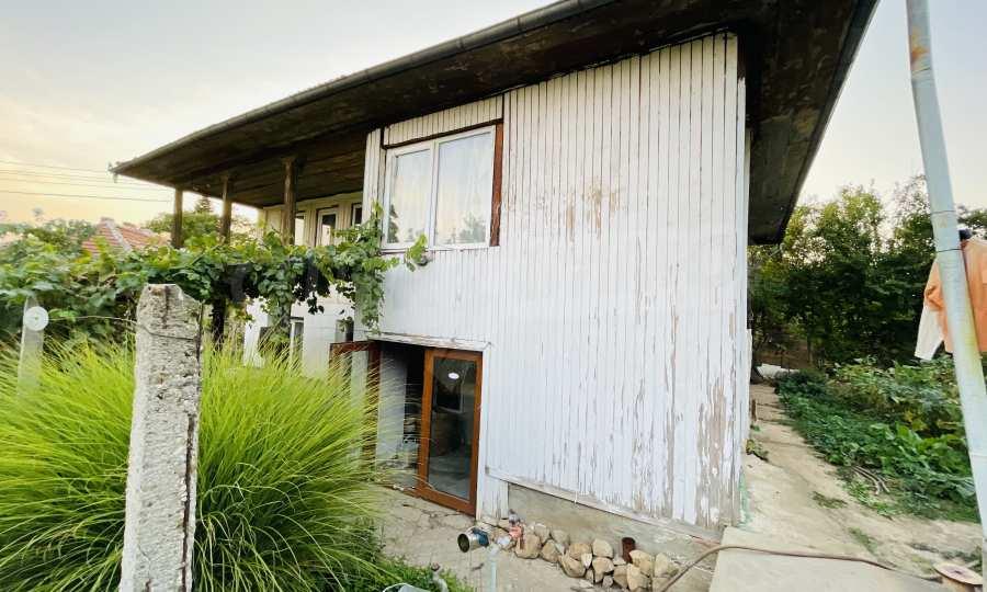 12 km von der Stadt Veliko Tarnovo entferntes renoviertes Haus 8