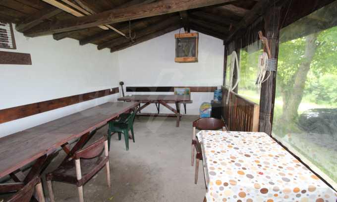Уникално вилно селище с кръгли къщи на 50 км от Велико Търново  8