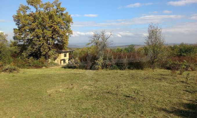 Двуетажна къща в красиво планинско село, до езеро 10