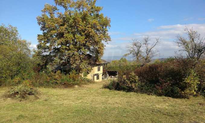 Двуетажна къща в красиво планинско село, до езеро 14