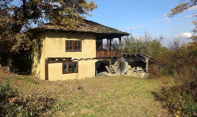 Двуетажна къща в красиво планинско село, до езеро 29