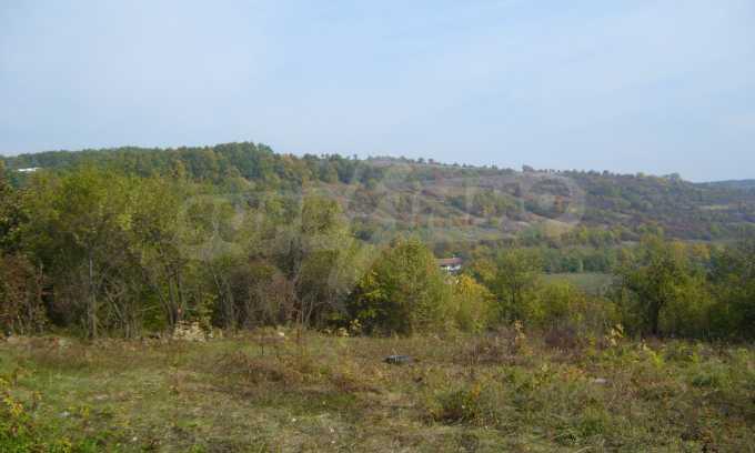 УПИ в планинско село на 17 км от Велико Търново 1