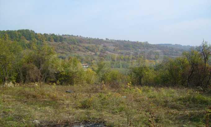 УПИ в планинско село на 17 км от Велико Търново 3
