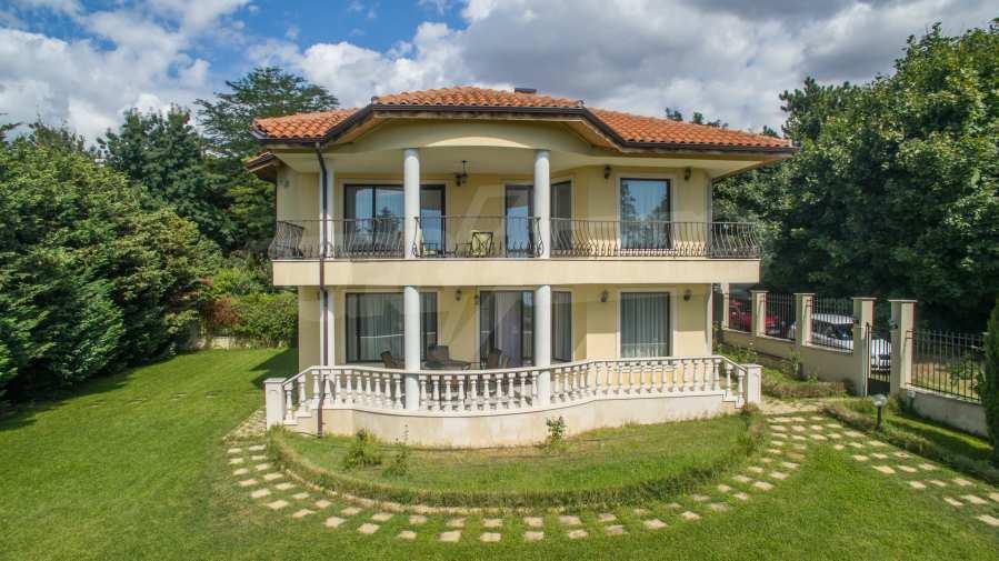 Wunderschönes Haus mit 3 Schlafzimmern im Herzen vom Meergarten 28