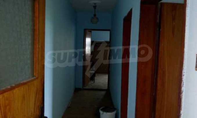 Eдноетажна къща  в село на 11 км от Велико Търново  6