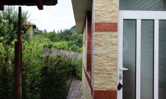 Чудесна къща в района с минерални извори в близост до Банско 13