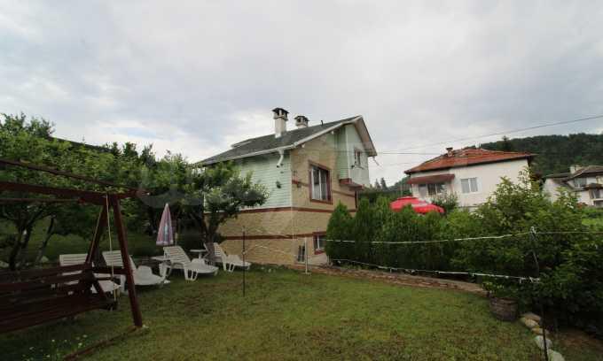 Чудесна къща в района с минерални извори в близост до Банско 24
