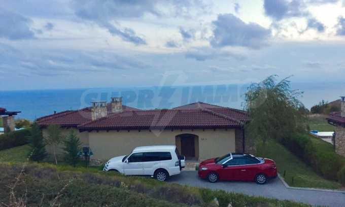 Прекрасна къща в престижен голф комплекс 27