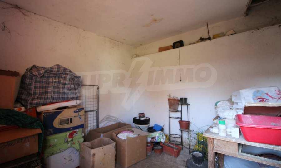 Реновирана двуетажна къща само на 24 км от Велико Търново  15