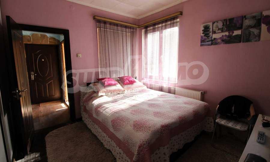 Реновирана двуетажна къща само на 24 км от Велико Търново  56