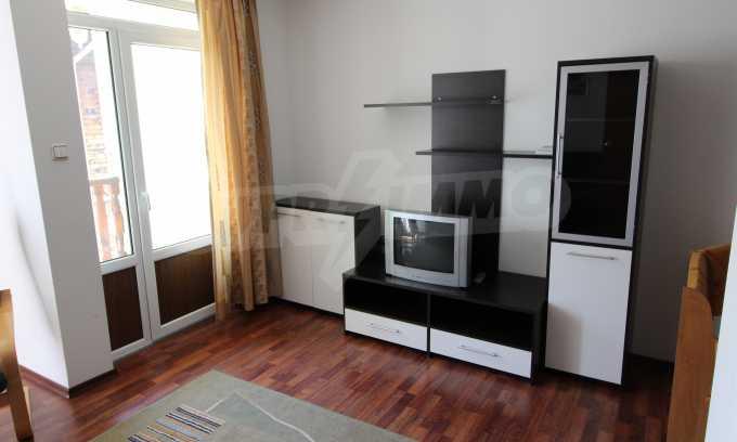Уютен тристаен апартамент в Банско 1