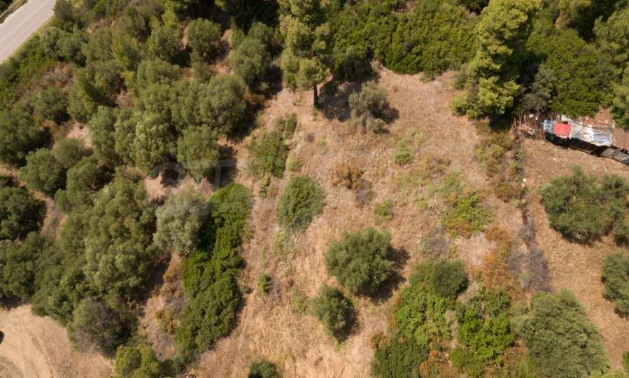 Земеделска земя  в  Неос Мармарас 8