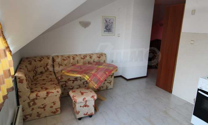 Двустаен апартамент в Банско 3
