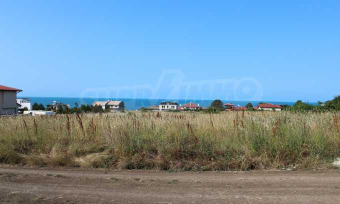 Регулиран парцел във вилна зона до курорта Лозенец