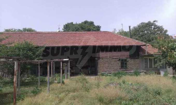 Двуетажна  къща в село на 12 км от Велико Търново 3