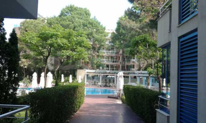 Страхотен тристаен апартамент в Слънчев бряг 16
