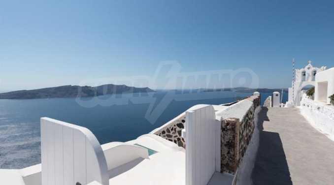 Романтична вила с приказни пейзажни на остров Санторини 1