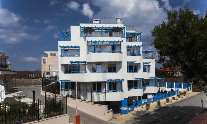 Стилен жилищен комплекс в непосредствена близост до плажа в Лозенец