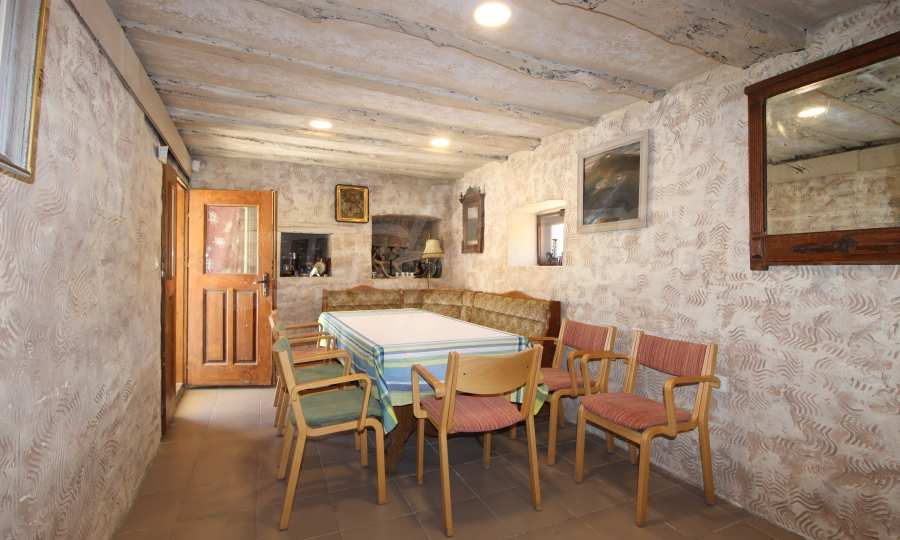 Stilvoll renoviertes Haus nahe der Stadt Veliko Tarnovo 2