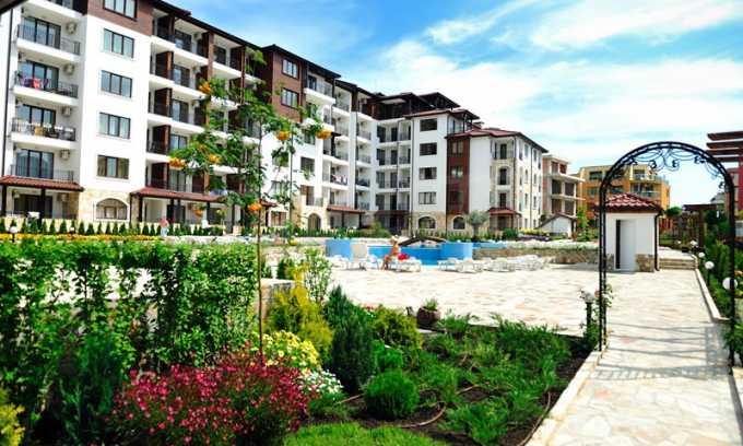 2-Raum-Apartment im Elite-Komplex zwischen dem Dorf Rawda und der Stadt Nessebar 1