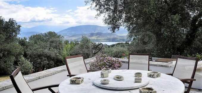 Wunderschöne Sommervilla mit Infinity-Schwimmbad in Kokokilas auf nordöstlichem Korfu 13