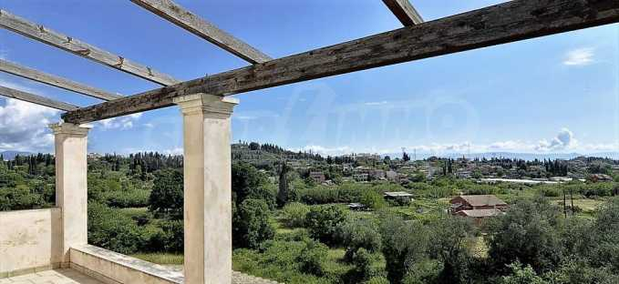 Großartige Residenz in Viros, Zentrales Korfu.  11
