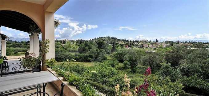 Großartige Residenz in Viros, Zentrales Korfu.  14