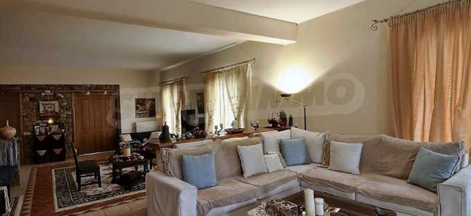 Großartige Residenz in Viros, Zentrales Korfu.  3