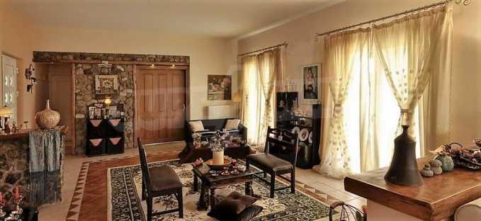 Großartige Residenz in Viros, Zentrales Korfu.  4