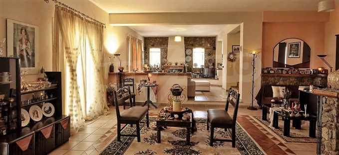 Großartige Residenz in Viros, Zentrales Korfu.  6