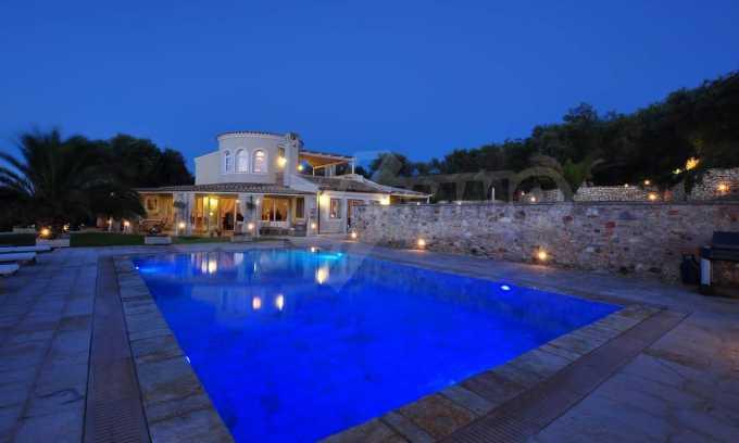 Erstklassige Villa mit einer wunderschönen Meeraussicht