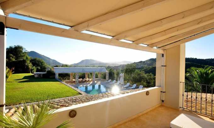 Erstklassige Villa mit einer wunderschönen Meeraussicht  14