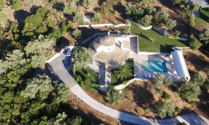 Erstklassige Villa mit einer wunderschönen Meeraussicht  21