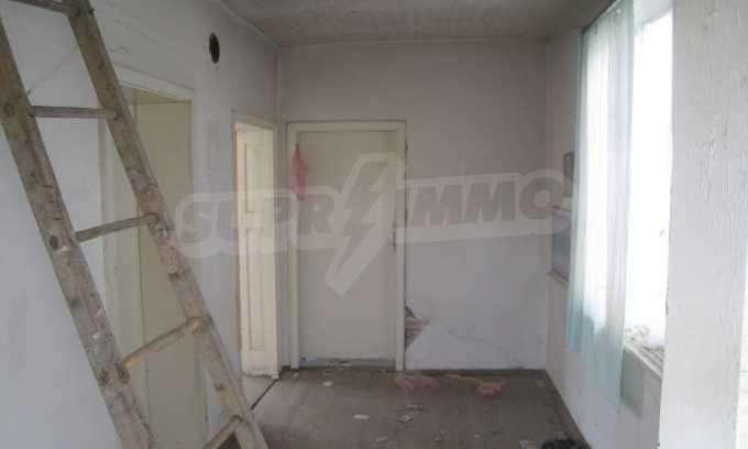Къща за продажба близо до Кюстендил 19
