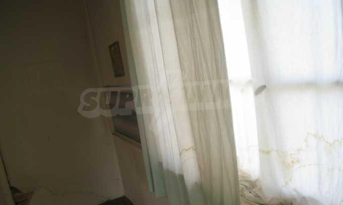 Къща за продажба близо до Кюстендил 20