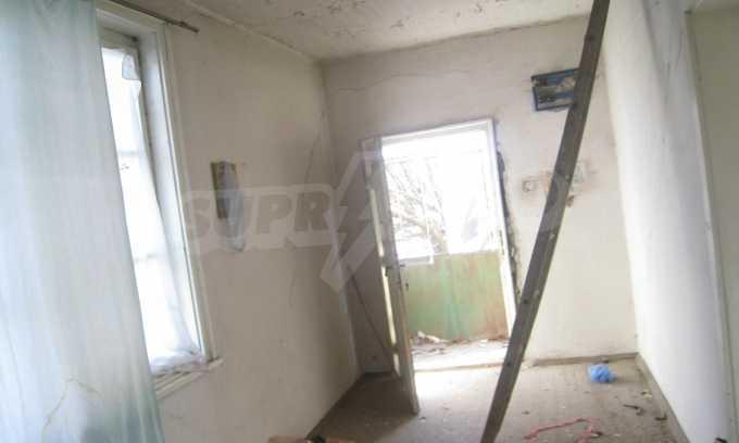 Къща за продажба близо до Кюстендил 29