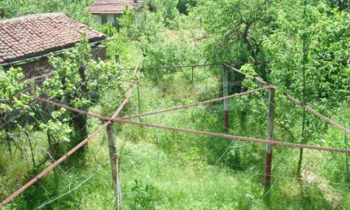 Къща за продажба близо до Кюстендил 42