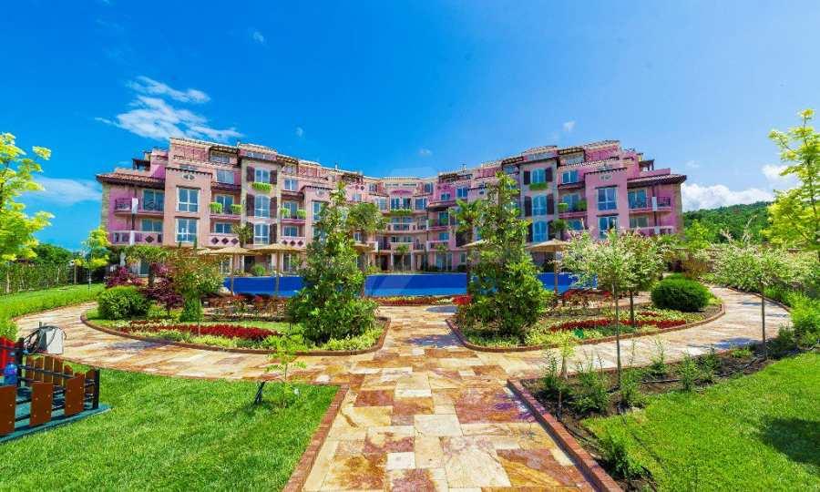 Apartments im eleganten Komplex in erster Linie am Strand Kawatsi, Sozopol 1