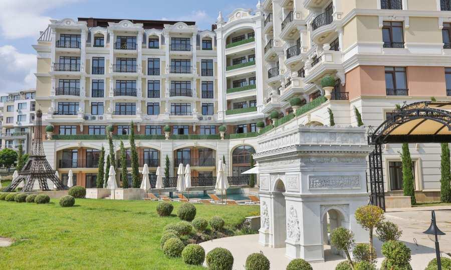 Luxury newly built complex near the beach of Sveti Vlas 3