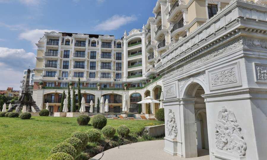 Luxury newly built complex near the beach of Sveti Vlas 18