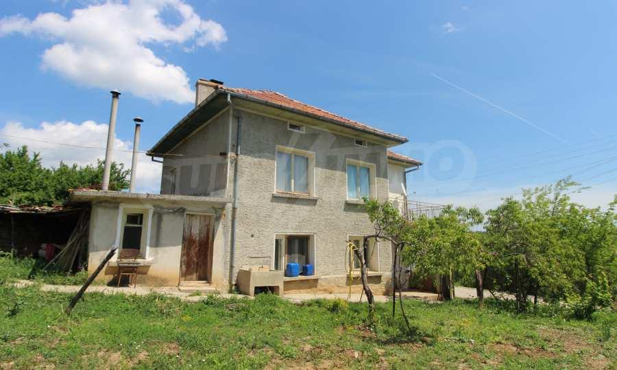 40 km von Veliko Tarnovo entferntes zweistöckiges Haus