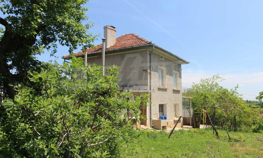 40 km von Veliko Tarnovo entferntes zweistöckiges Haus 2