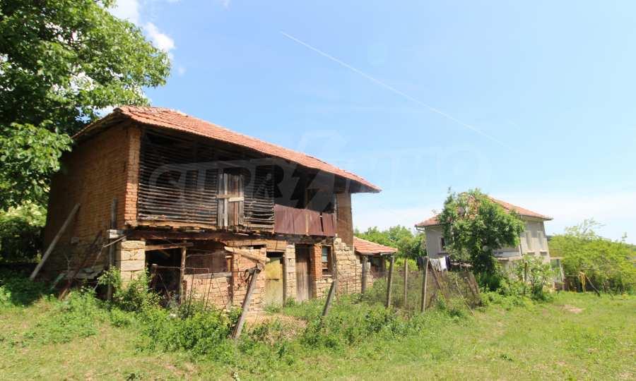 40 km von Veliko Tarnovo entferntes zweistöckiges Haus 3