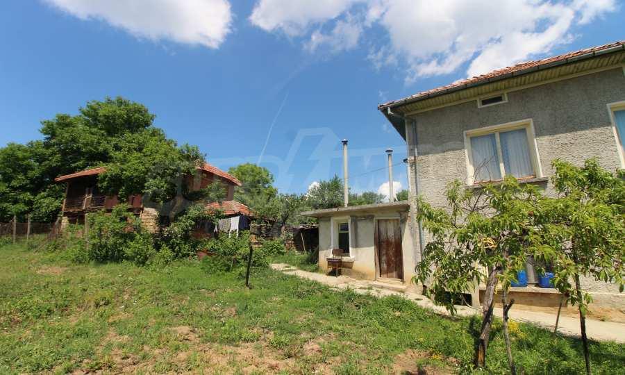 40 km von Veliko Tarnovo entferntes zweistöckiges Haus 7