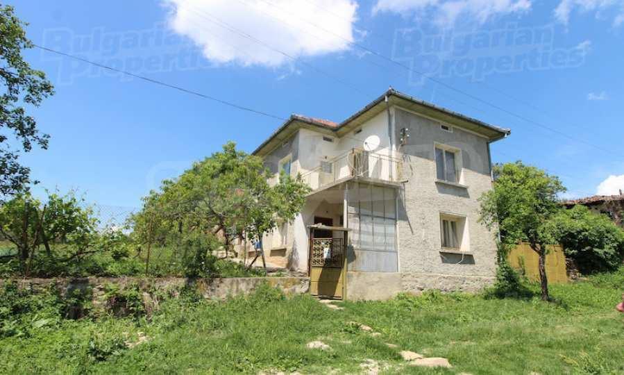 40 km von Veliko Tarnovo entferntes zweistöckiges Haus 8