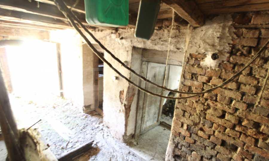 Zweistöckiges Haus im Dorf Obidim zu verkaufen 9