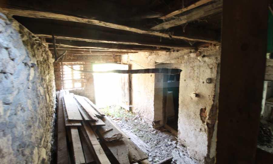 Zweistöckiges Haus im Dorf Obidim zu verkaufen 10