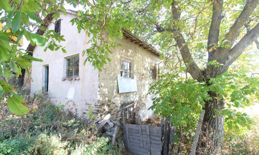Zweistöckiges Haus im Dorf Obidim zu verkaufen 11