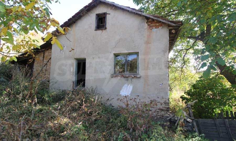 Zweistöckiges Haus im Dorf Obidim zu verkaufen 1