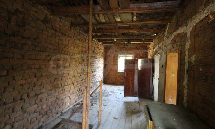 Zweistöckiges Haus im Dorf Obidim zu verkaufen 2